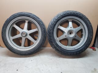ruedas yamaha jog gris