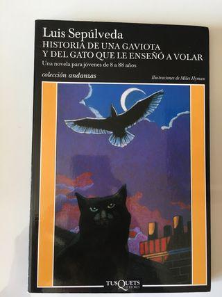 """"""" Historia de una gaviota y del gato que le enseño"""