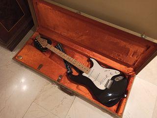 "Fender Stratocaster USA Eric Clapton ""Blackie"""