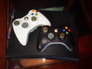 XBOX 360 con varios juegos