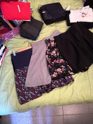 Faldas de varias marcas