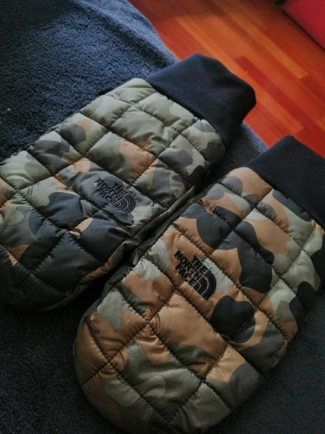 guantes North face