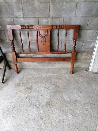 Cama antigua de 105 cm
