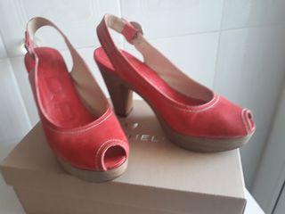Zapatos B. D. A.