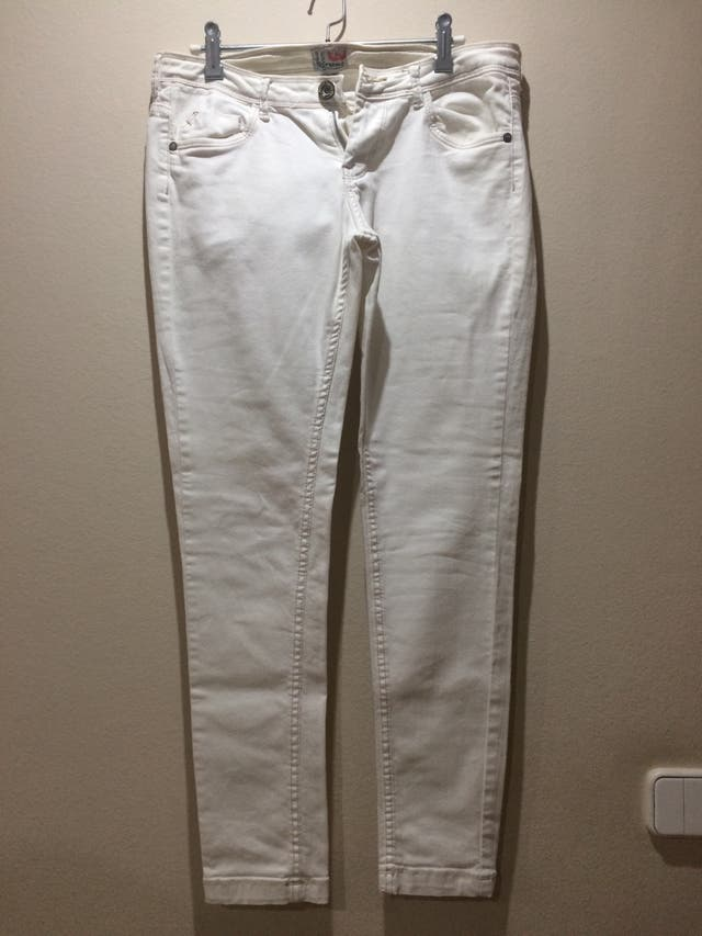 Pantalón tejano blanco