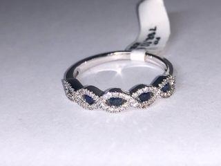 Anillo oro blanco 18k, diamantes y zafiros