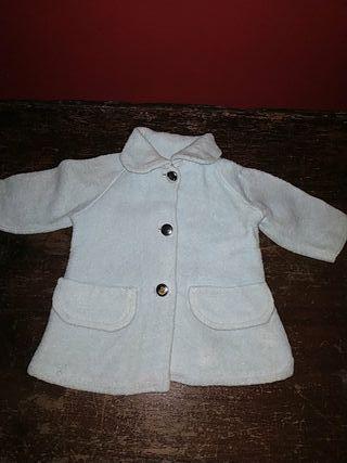 abrigo de muñeca años 50