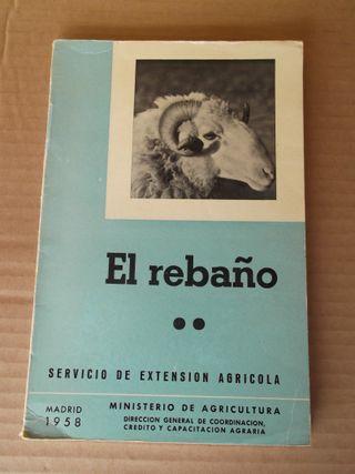 """Libro antiguo """"El rebaño II"""".1958. Mº Agricultura."""
