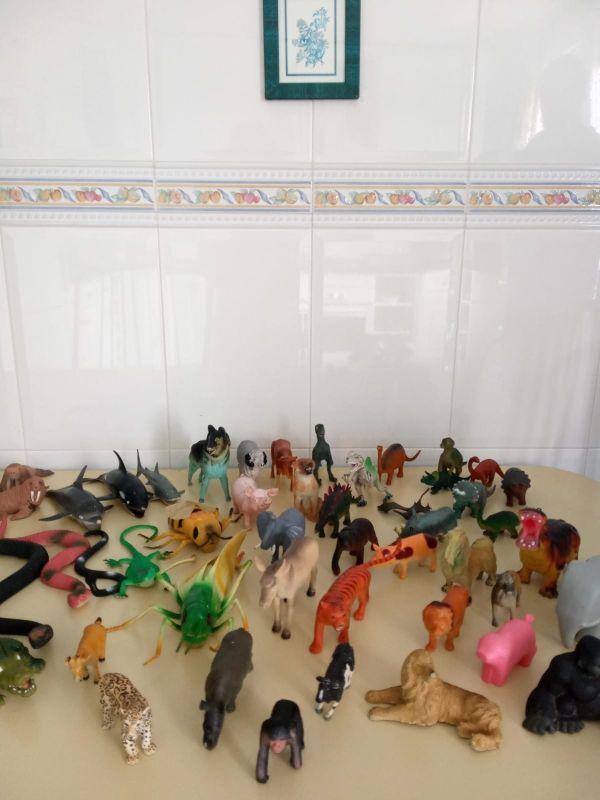 Animales y dinosaurios