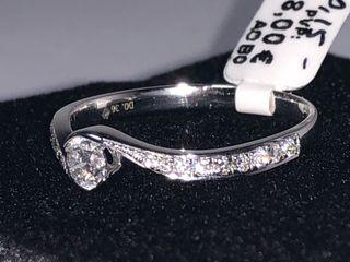 Anillo oro y diamantes nuevo