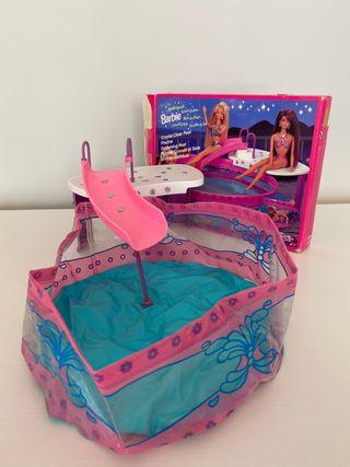Barbie Piscina