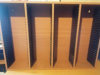 Mueble expositor de CD