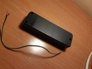Pastilla bajo eléctrico tipo soapbar