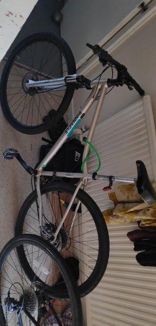 Pinnacle cobalt hybrid bike