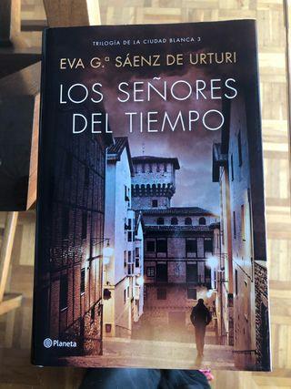Los señores del tiempo, Eva G Sáenz de Urturi