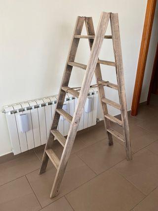 Escalera vintage para decoración