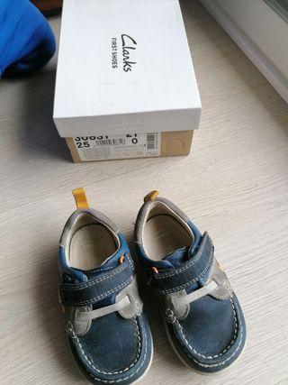 zapatos bebé niño número 21 Clarks