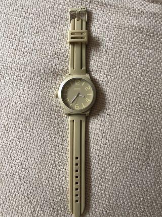 Reloj original Shark de Freestyle