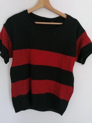Jersey punto rojo y negro