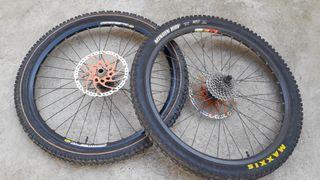 "ruedas completas DH MTB ENDURO 26"""