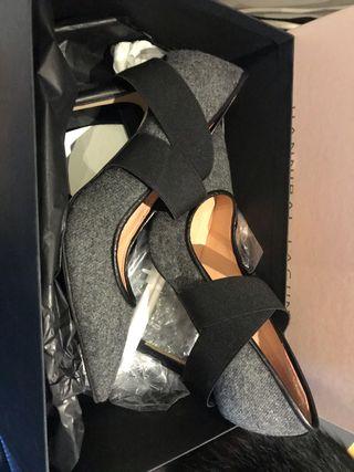 Zapatos nuevos HANNIBAL LAGUNA