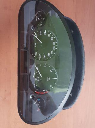 marcador bmw 320 d 150 cv año 2003