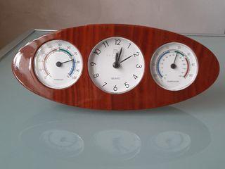 Reloj despertador con termómetro e higrómetro