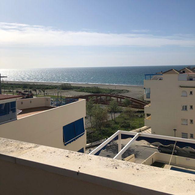 Atico en primera linea de playa. El Morche (El Morche, Málaga)