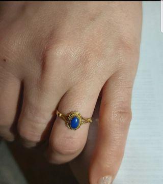 anillo oro 18kt y lapis lazuli