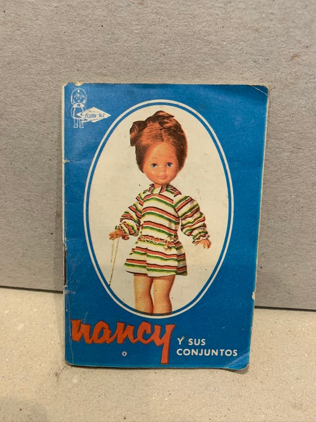 LOTE CATALOGOS NANCY DE FAMOSA 1969, 1973 Y 1974.