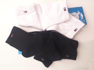 calcetín básico, 3 pares 5 euros