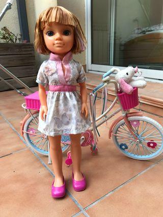 Juguete niña: Nancy bicicleta
