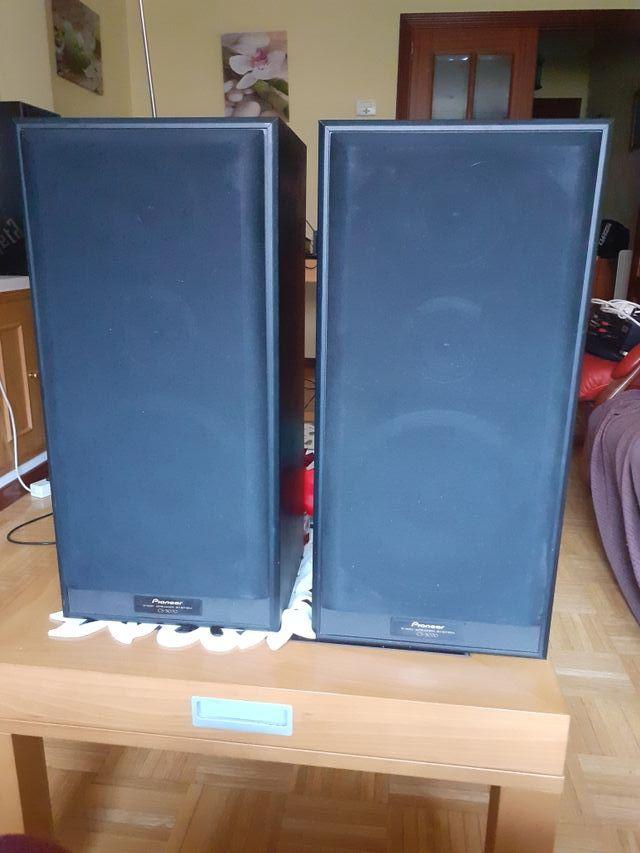 vendo 2 altavoces pioneer CS-3070 120WATIOS