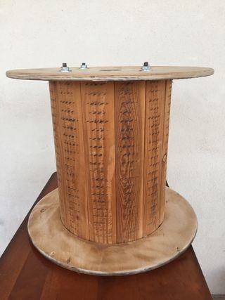 Bobina de madera.