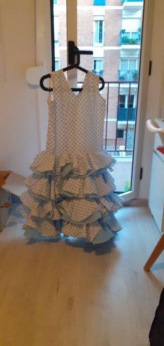vestido de flamenca para niña de unos 10 años