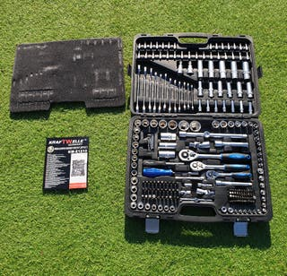 215 Piece Professional Socket Set Spanners Torks