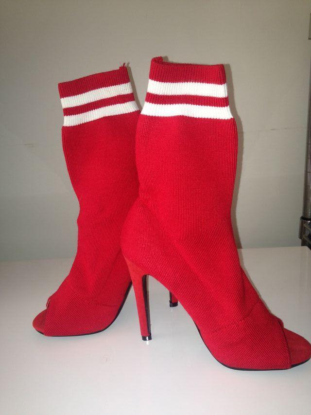 Botas calcetines de tacón fino