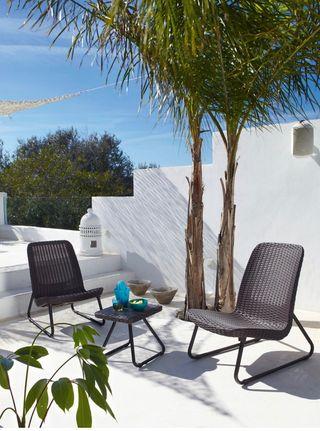 Mesita y silla jardin