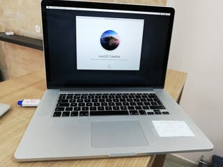 "Macbook Pro i7 8GB 15"" Catalina"