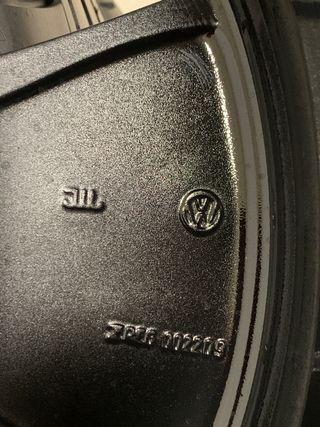 Llantas originales Vw Passat New Beetle 18
