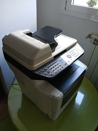 Impresora Kyocera Multifuncional