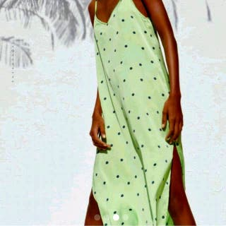 Vestido lencero verde Zara