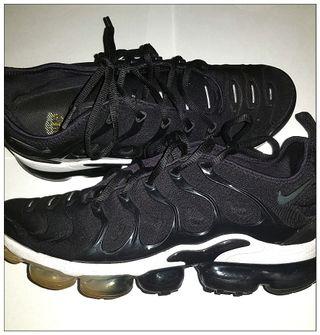 Nike Air Vapormax Plus - Men Shoes UK 8