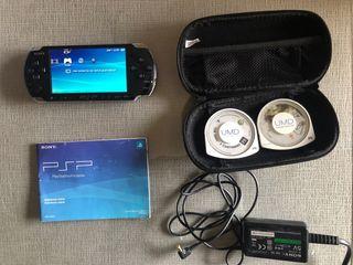 PSP Slim con funda y juegos