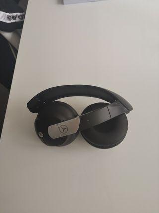 Auriculares inalambricos Mercedes AKG