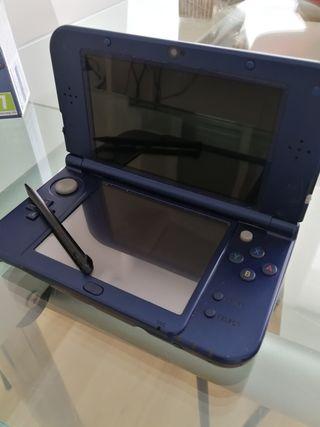 Nintendo 3DS XL con 10 juegos, cargador y funda