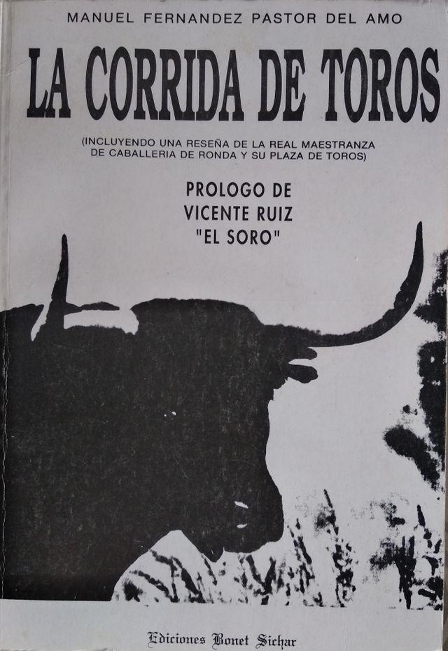 Libros variados de toros