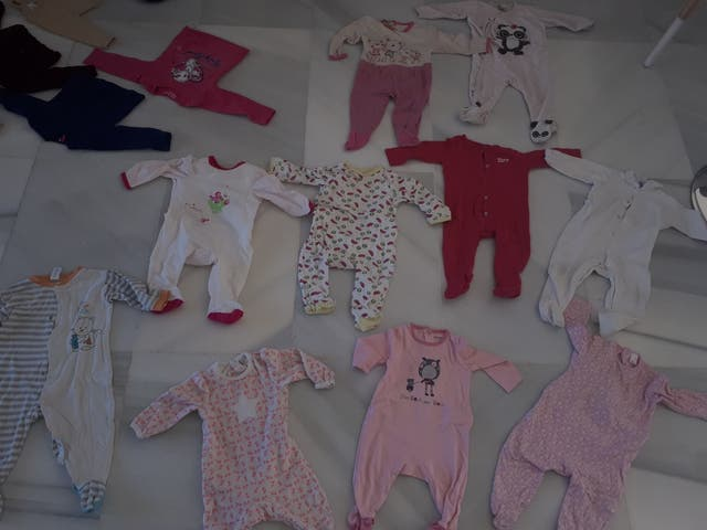 pantalones y pijamas niña 9-12 meses.