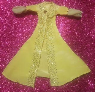 bata vestido Turquia Barbie viaja por el mundo