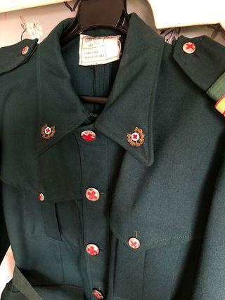 casaca militar de la cruz roja / antigua /